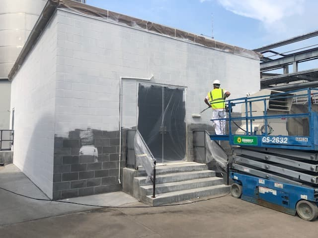 priming exterior industrial project